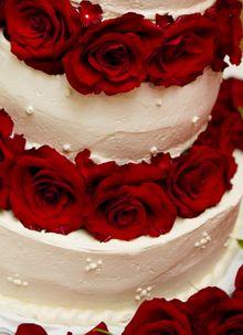 Сватбена торта рози